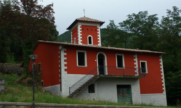 Villa ad Arcidosso, località Case Rosse